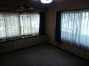 シェアハウス宇部西本町洋室